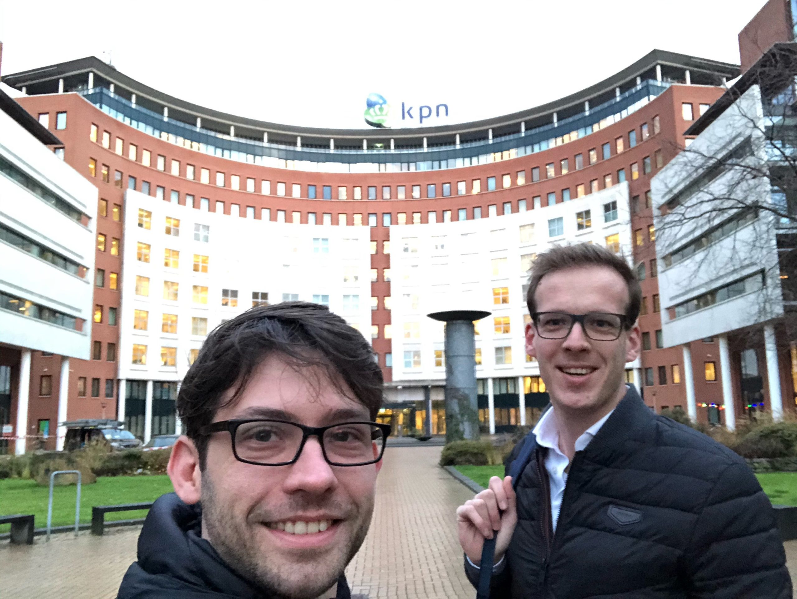 Trainers Nico and Ruud are ready to provide the mobile strategy training to KPN